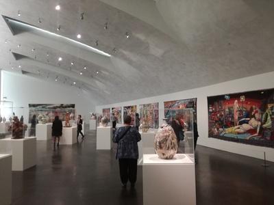 Las obras de Grayson Perry en el Museo de Arte Contemporáneo de Kiasma