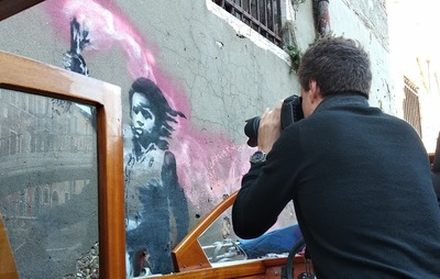 Recording of graffitis by Banksy in Venice