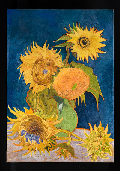 Recreation of <i> Six Sunflowers in a Vase </i> on show in Tokyo exhibition