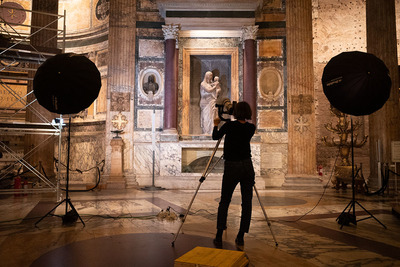 Recording the Tomb of Raphael at the Pantheon in Rome